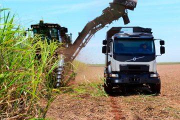 Volvo lancia il nuovo camion autosterzante