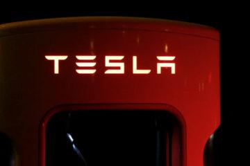 Tesla pronta per lanciare il suo camion elettrico