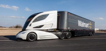 Tesla semi truck, è botto nelle vendite ancor prima del lancio sul mercato per il camion elettrico presentato da Elon Musk