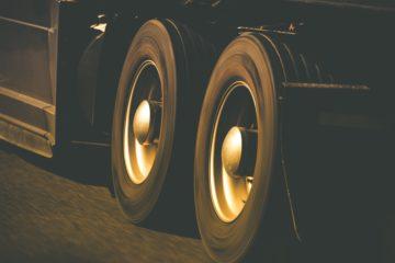 Primopiano di due ruote di camion