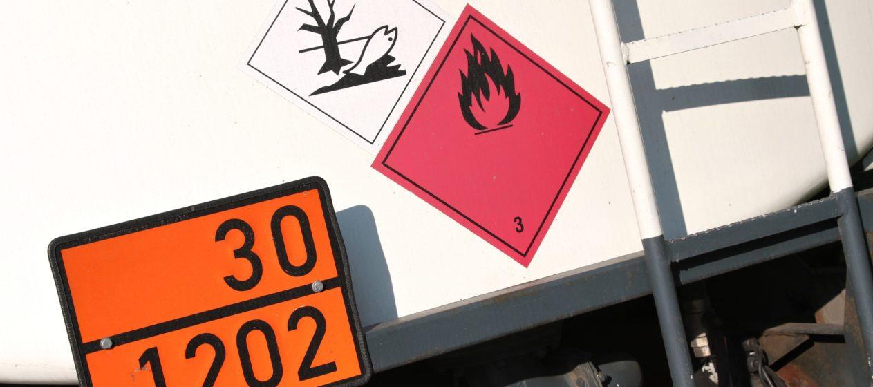camion merce pericolosa