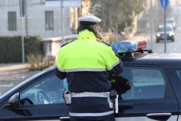 polizia fa multa