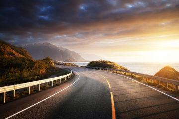 strada con mare benessere camionista
