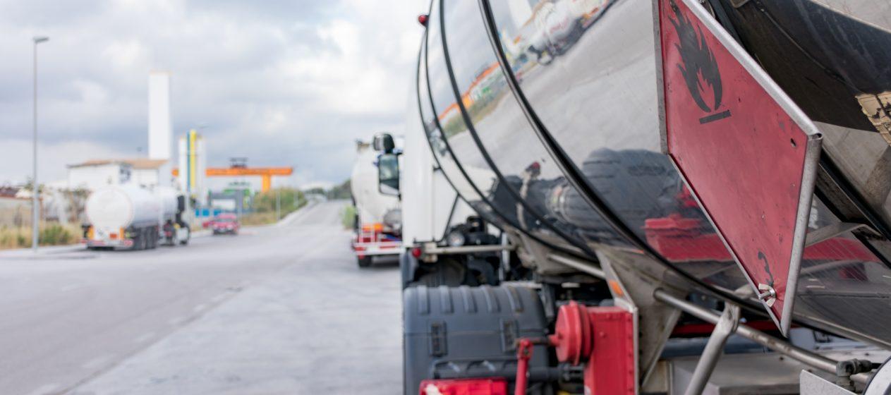 camion trasporto merci pericolose normativa