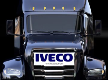 rendering camion nero logo iveco your truck your way campagna